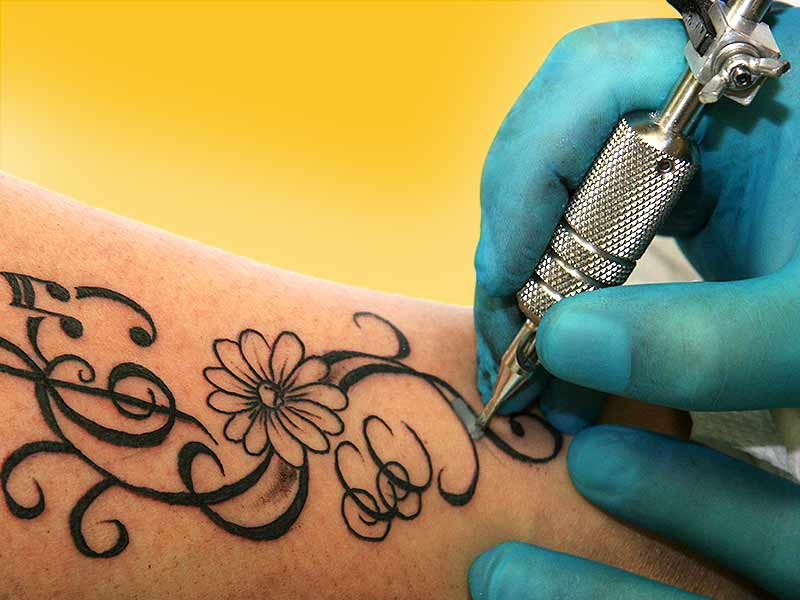 how tattoos affect the skin